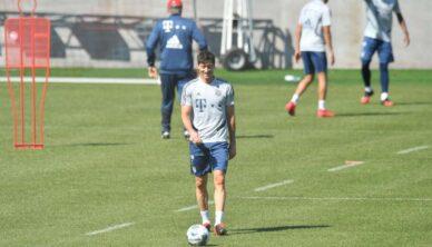 FC Bayern resumes training