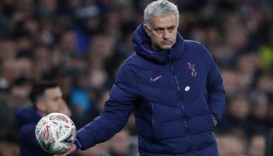 Mourinho organized training at the park, followed by calls for punishment for the Portuguese